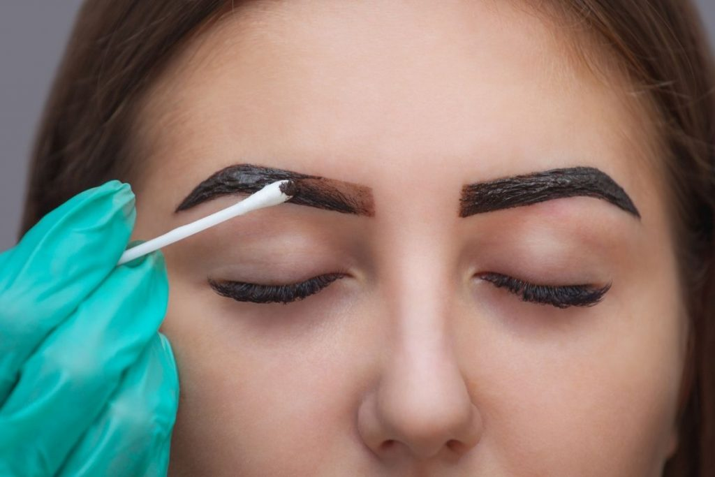 Are henna eyebrows safe during pregnancy?