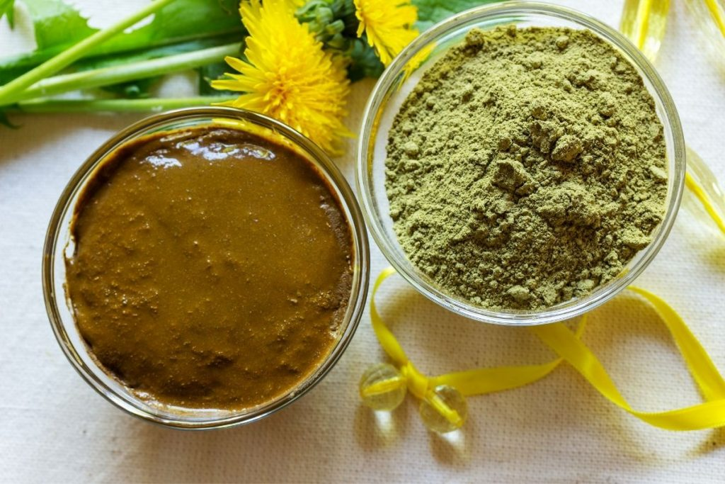 When choosing henna, look for 100% natural henna.